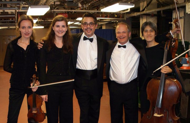 Orchestra members Mariya Borozina, Steven D'Amico, Craig Reiss & Thalia Moore with Carolina Eyck, virtuoso thereminist and guest artist with the SFBallet Orchestra (2nd from left)