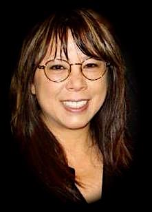 Brenda Tom Vahur, Pianist